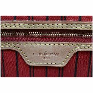 Louis Vuitton Bags - LOUIS VUITTON Neverfull MM Monogram Canvas Tot Bag